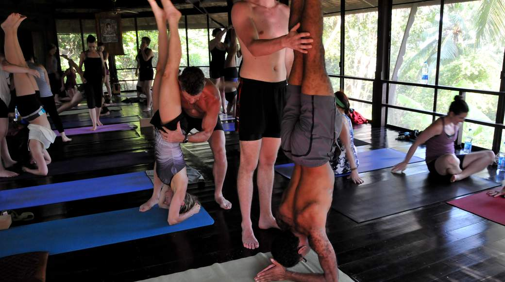 yoga, handstands