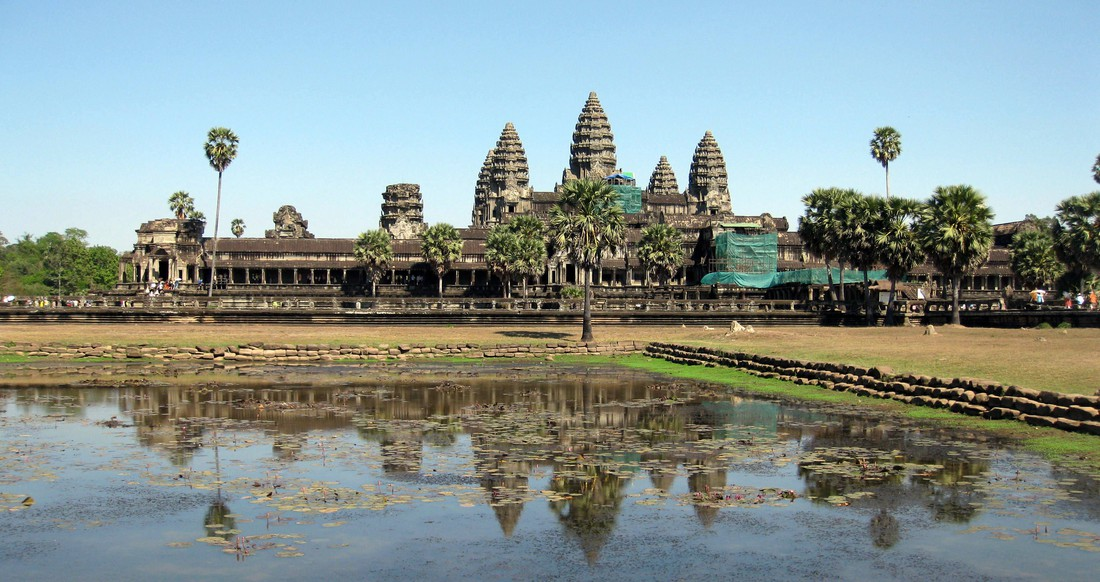 Angkor Wat temple during the day