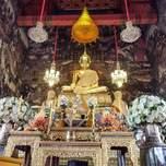 A golden buddha statue.